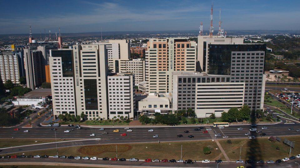 Ve městě Brasília žije pan Med od roku 1974