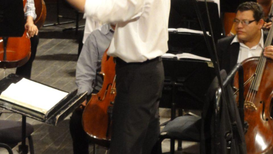 Dirigent v akci