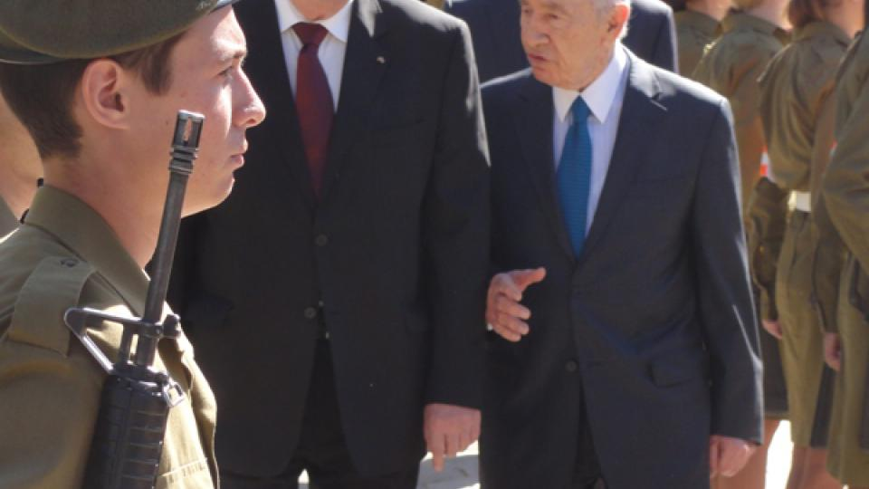 Návštěva Miloše Zemana v Izraeli. Na snímku český prezident a jeho protějšek Šimon Peres