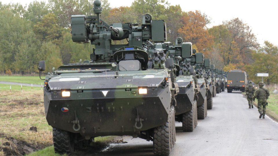 Vojenské cvičení ve výcvikovém prostoru Hradiště