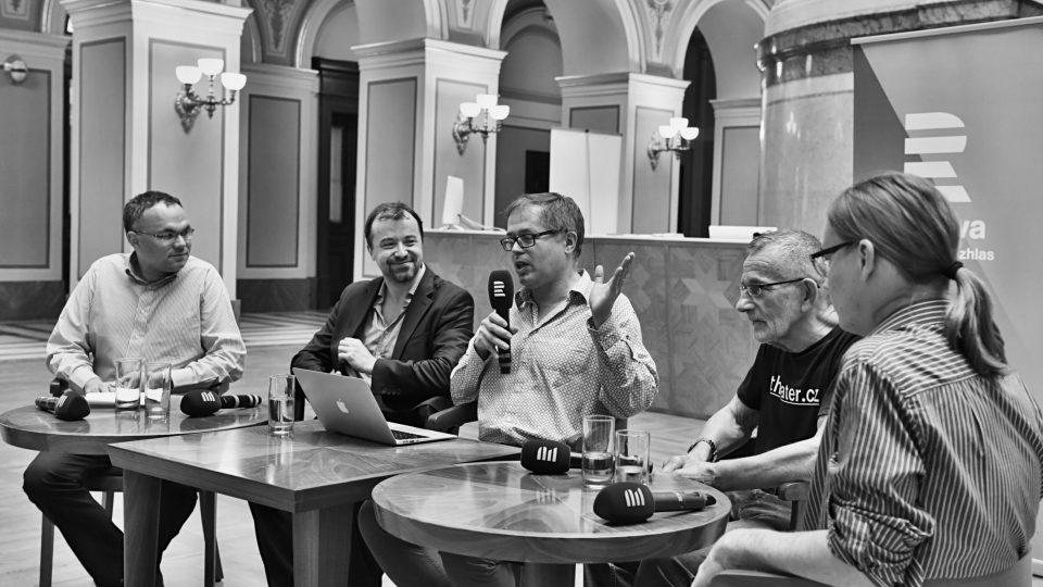 Debaty Kánon100: Století české hudby a opery se zúčastnili Miloš Štědroň, David Mareček, Petr Bakla, Marko Ivanović. Moderoval Boris Klepal