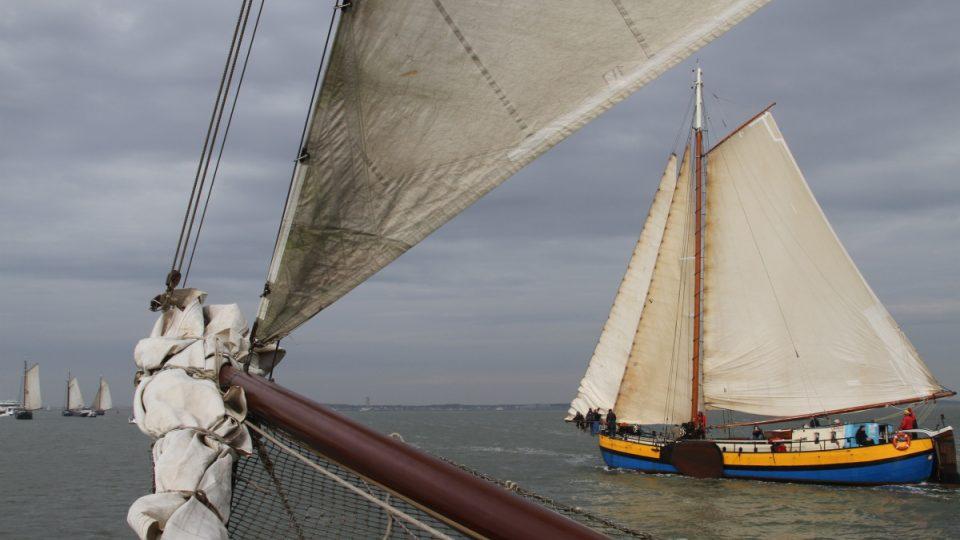 Přes sto let staré obchodní lodě