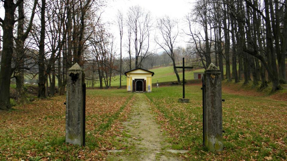 Starý hřbitov v Loučné nad Desnou