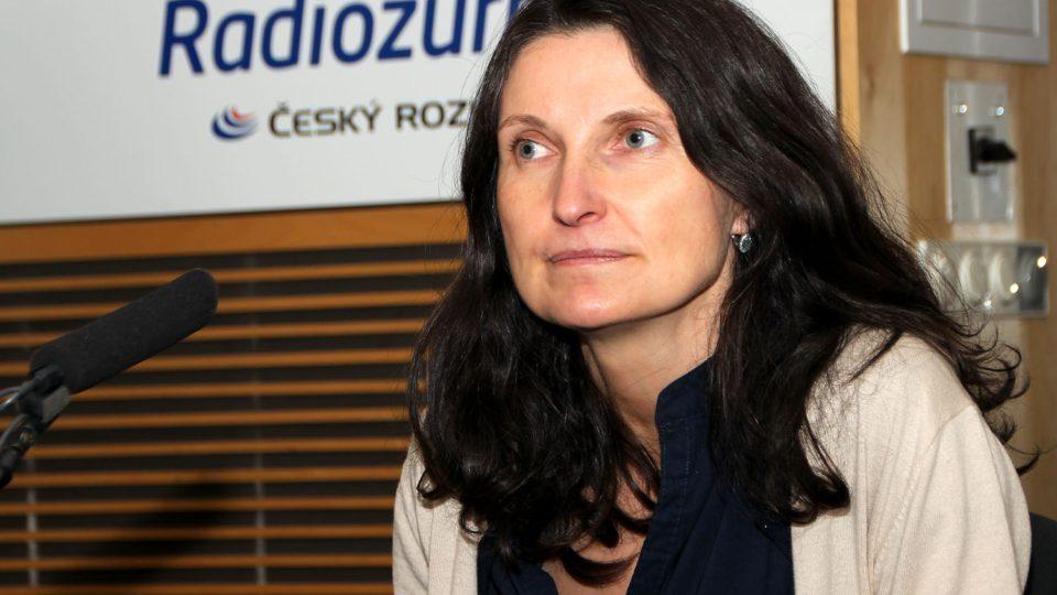 Margit Slimáková mluvila ve vysílání Hosta Radiožurnálu o předvánočním shonu vánočním cukroví