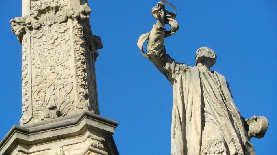 Mariánský sloup v Uničově - socha světce