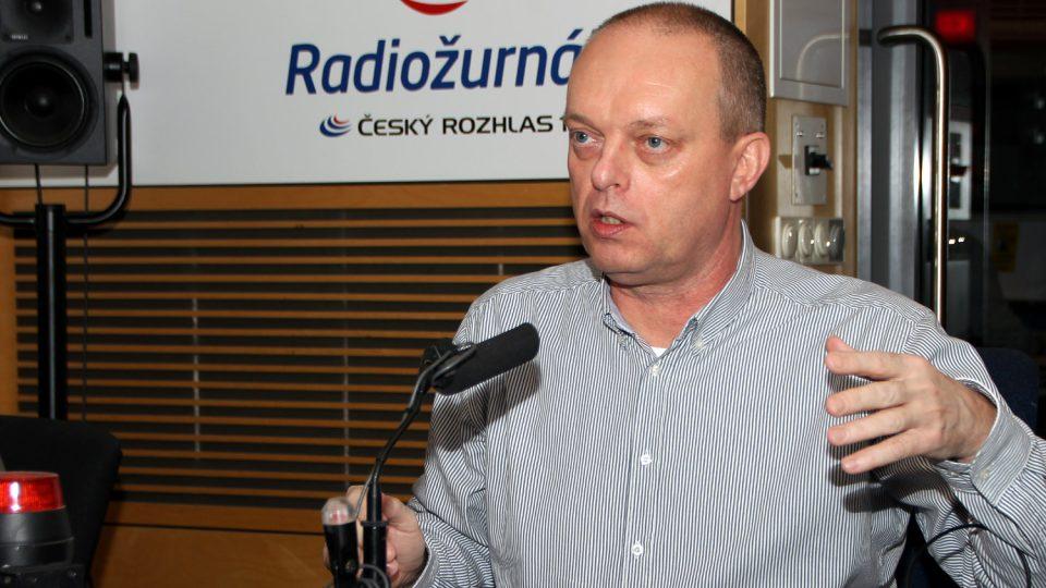 Rehabilitační lékař Vítězslav Hradil popsal, které sporty neprospívají našemu pohybovému aparátu