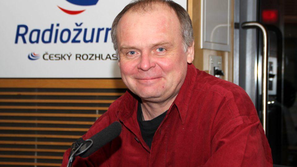 Herec Igor Bareš si zahrál také v připravovaném seriálu České televize Život a doba soudce A. K.