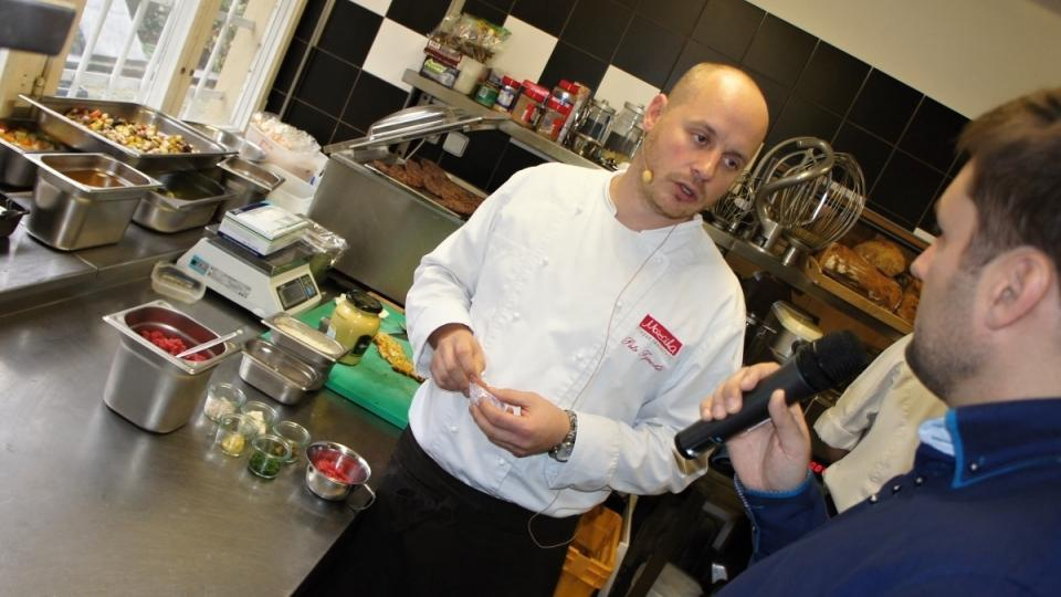 Petr Tyrichtr a Patrik Rozehnal v kuchyni