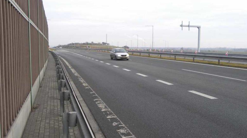 Osice - dálnice D11
