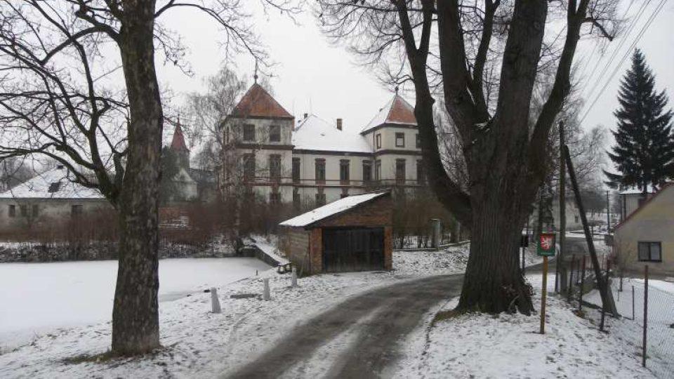 Hoříněves - zámek