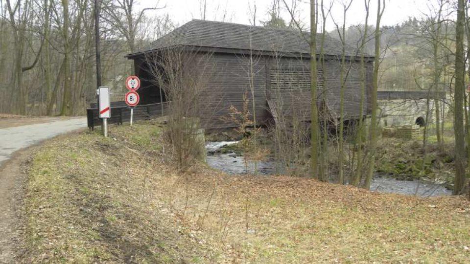 Peklo nad Zdobnicí - věšadlový most