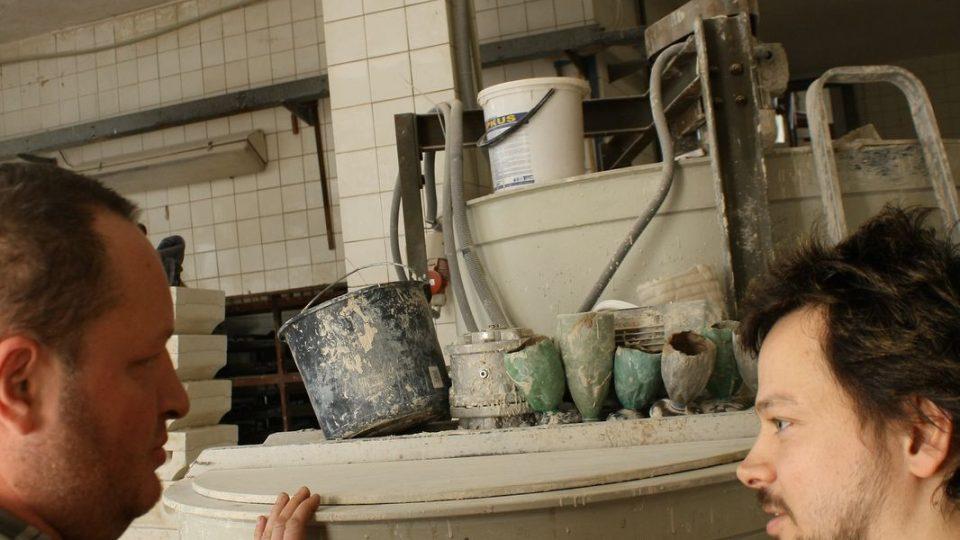 Výroba kachlů je hotová alchymie