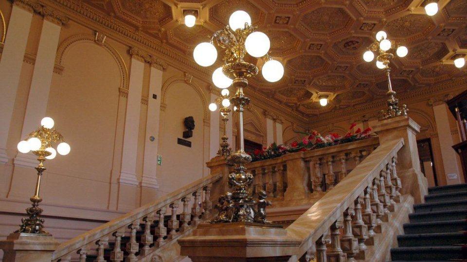 Hlavní schodiště na Žofíně