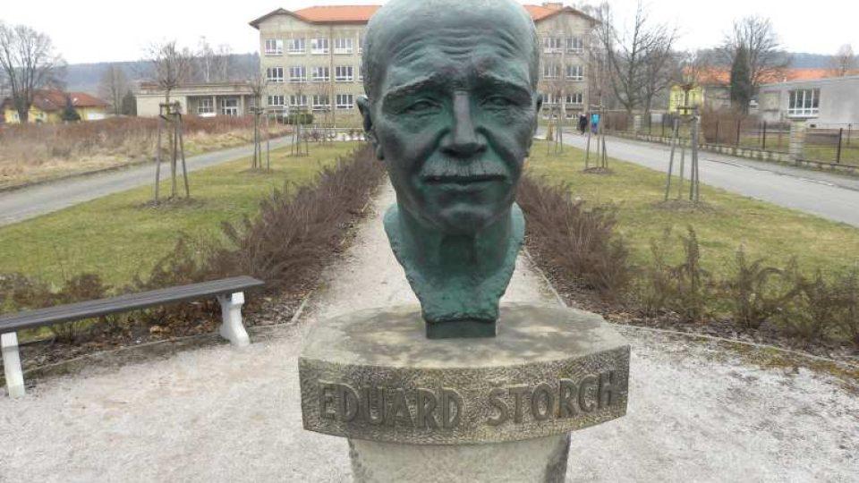 Ostroměř - Busta Eduarda Štorcha