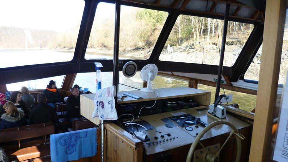 Kapitánský můstek lodi Horácko