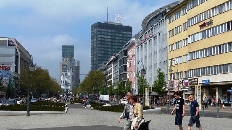Berlín nemá moc výškových budov. Pár se jich najde na Kurfürstendammu v západní části města, nebo na nově vybudovaném Postupimském náměstí