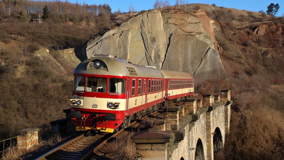 Viadukt a skály na Pražském Semmeringu