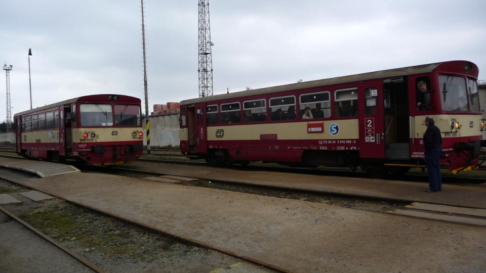 Zastávka Praha - Zličín, odsud se můžete vrátit druhým motorákem zase zpět
