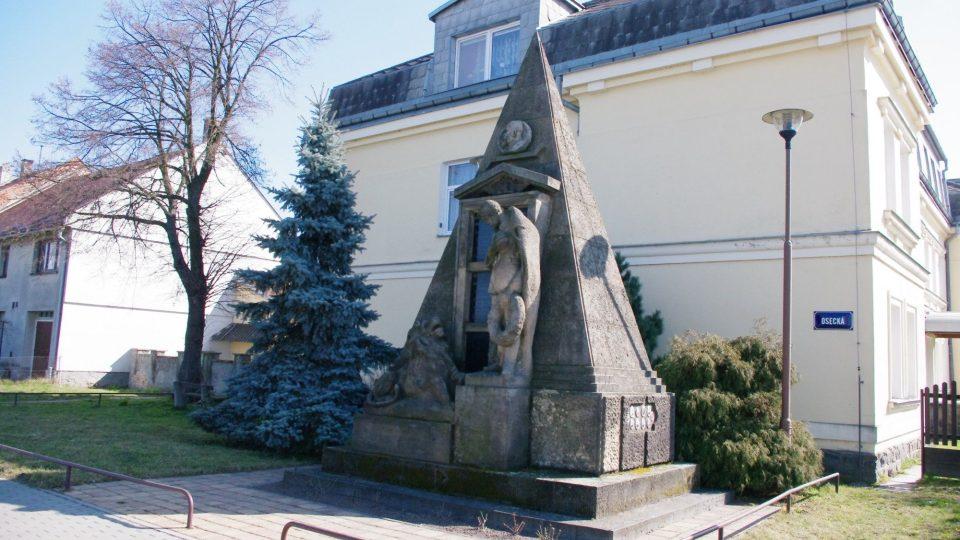 Prosenice - pomník padlým