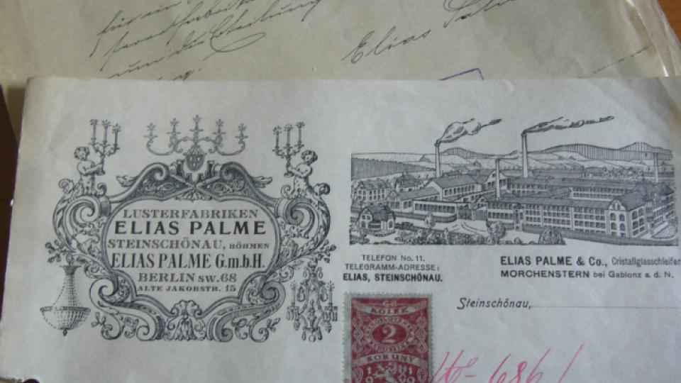 Kamenický Šenov – bývalá továrna na výrobu lustrů Eliáška. Podniková korespondence firmy Elias PAlme