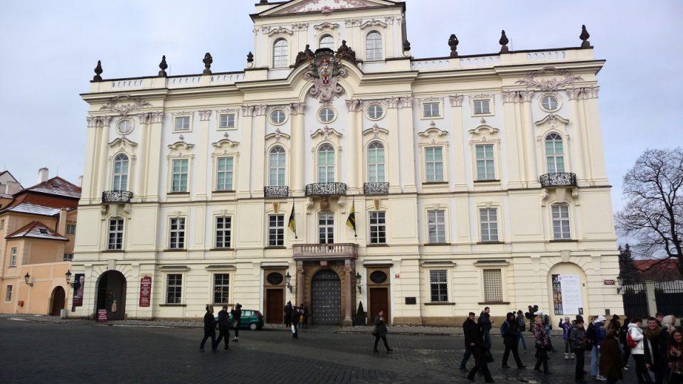 Arcibiskupský palác na Hradčanském náměstí v Praze