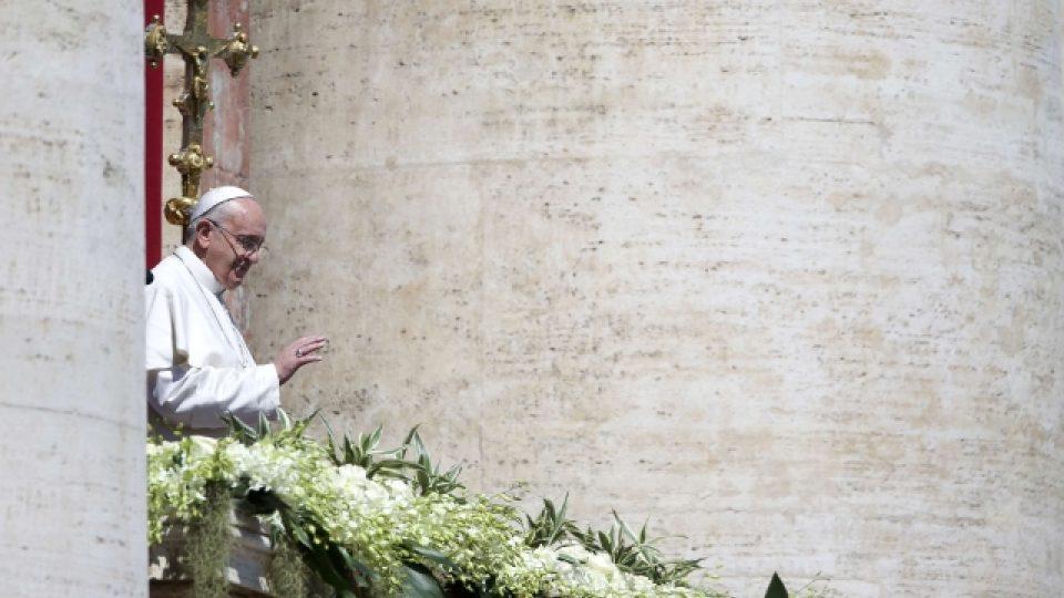 Papež František přednesl poselství Urbi et orbi