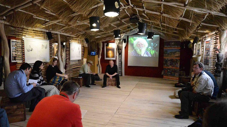 Přednáška v Galerii Tengenenge