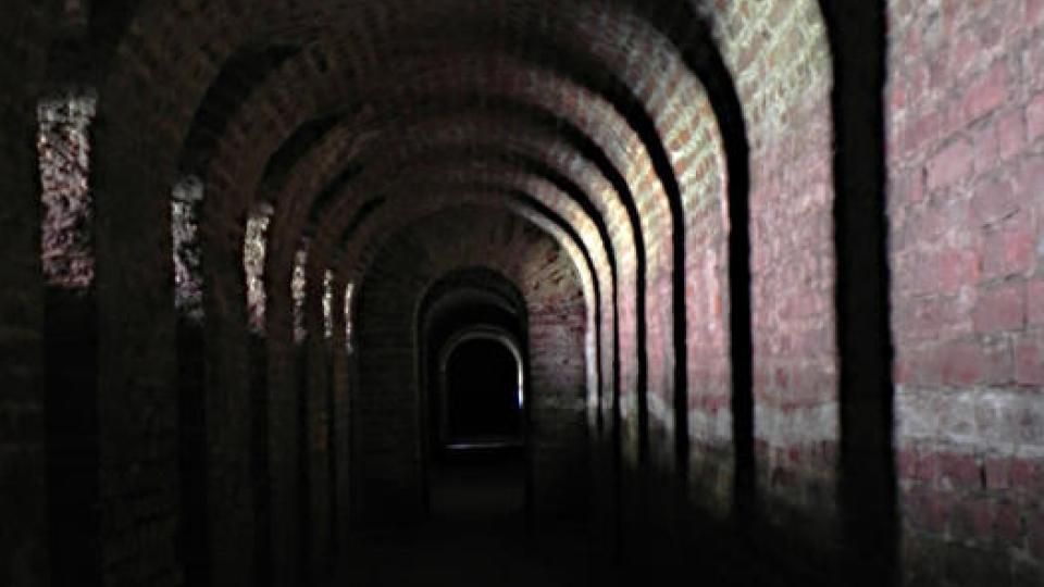 Ze střelecké galerie pokrývali vojác palbou hradební příkop