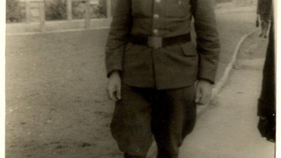 Josef Hasinec v roce 1945