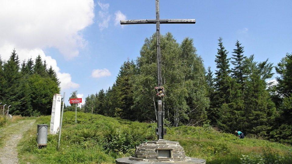 Biskupská kupa - kříž smíření