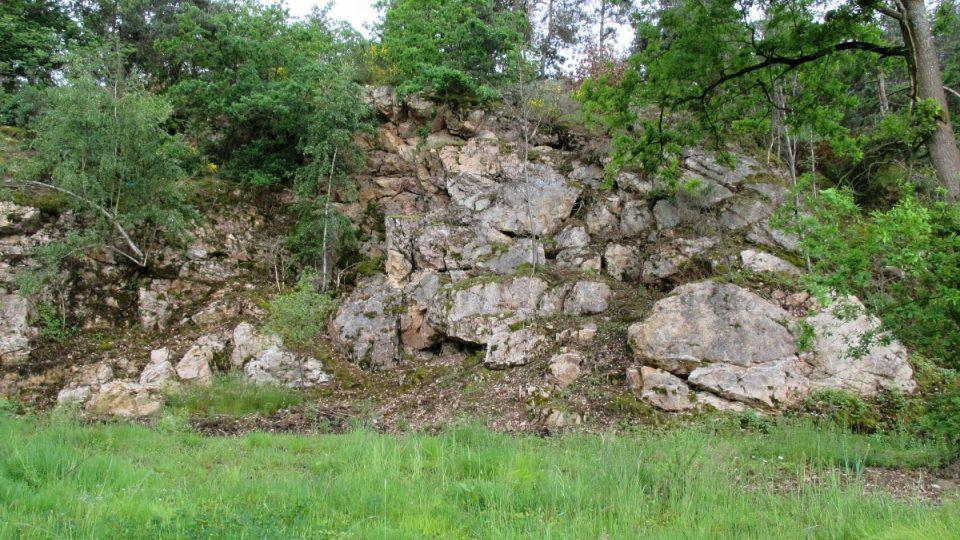Podle pověsti jsou i v Chodovských skalách rytíři