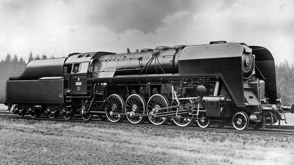 Historická fotografie lokomotivy z dílny Škody