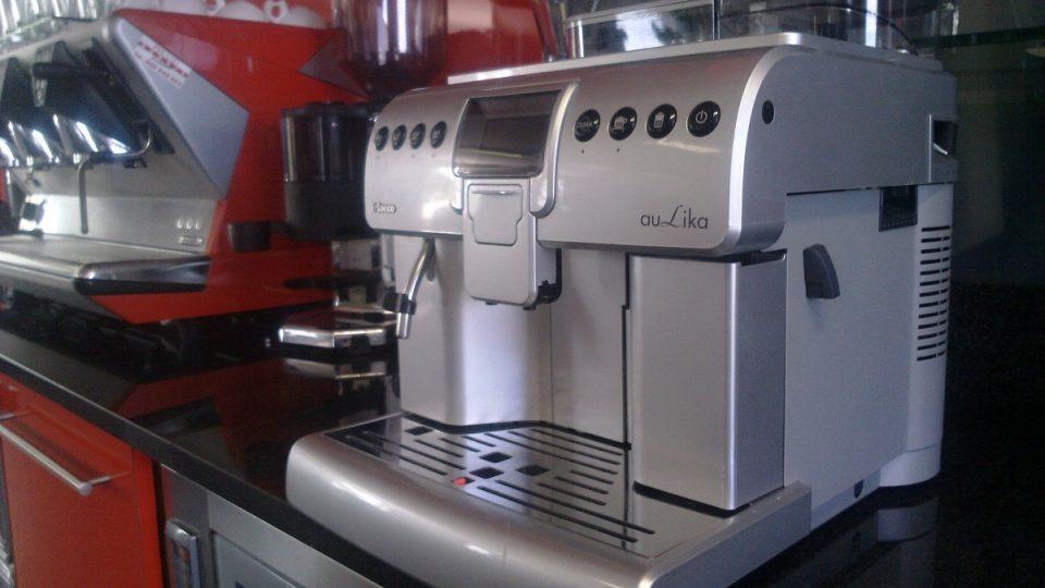Kávovar v a kanceláři musí být především spolehlivý