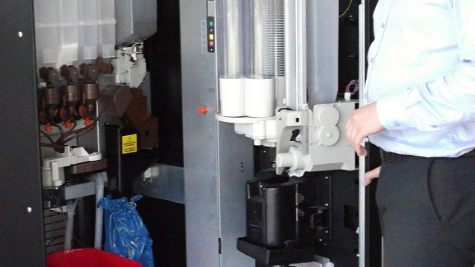 Nejlepší kávovary zvládají sanitaci samy