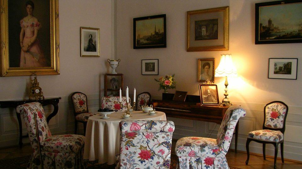 Dámský salon, Zámek Ratibořice