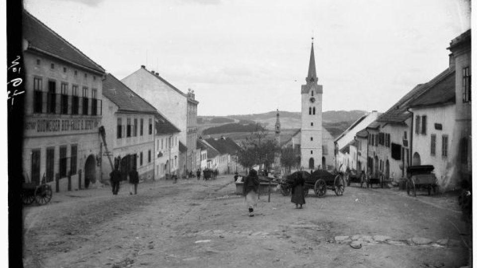 Náves v Hořicích na Šumavě, 1905