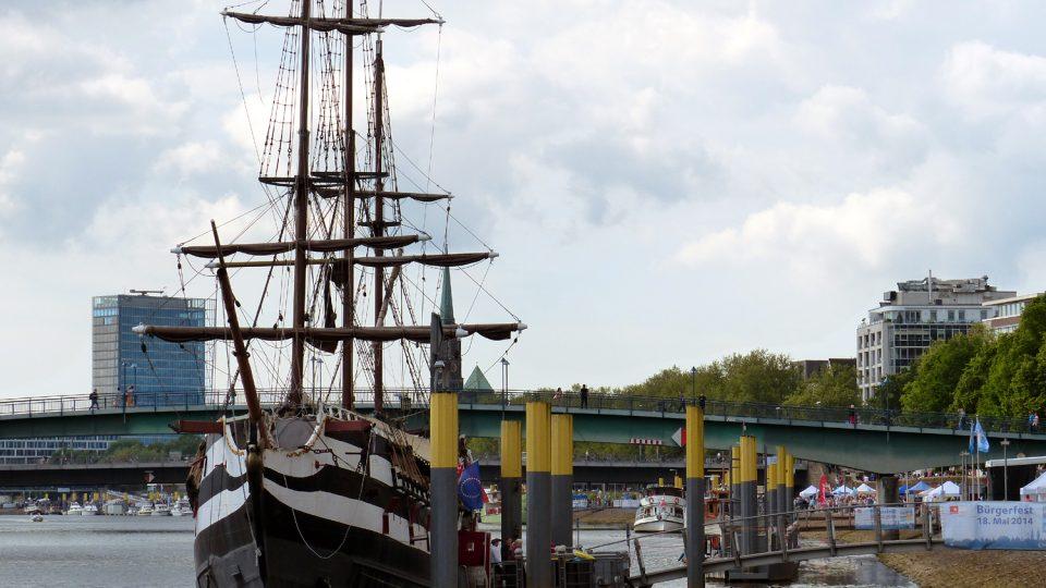 Z Bremerhavenu zamířily milióny Němců a dalších Evropanů za novým životem do Ameriky