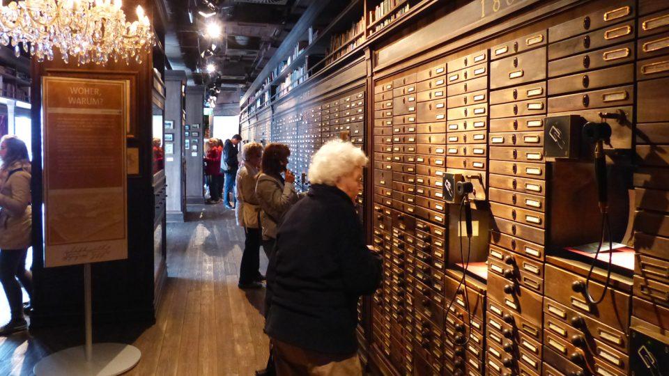 Archivy obsahují seznamy cestujících