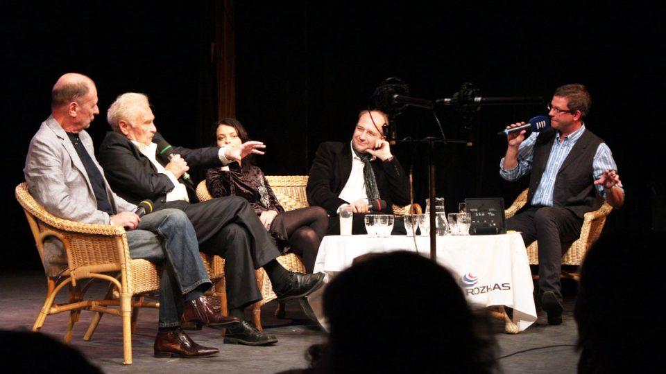 Tobogan odstartoval anketu Neviditelný herec. Hosty byli Michal Pavlata, Luděk Munzar, Jana Stryková a Jan Vondráček.