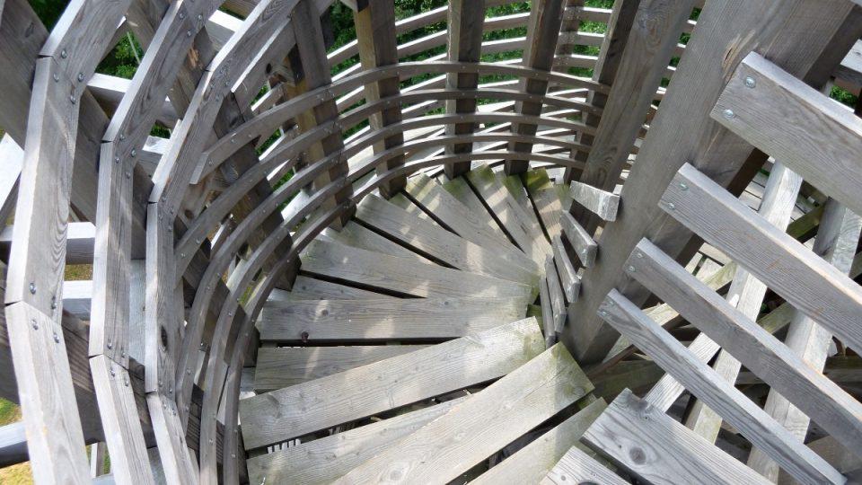 Rozhledna Vokurka - schodiště