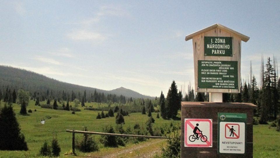 Do Luzenského údolí je kvůli ochraně tetřeva vstup zakázán