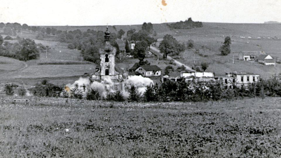 Demolice kostelu v Těrlicku