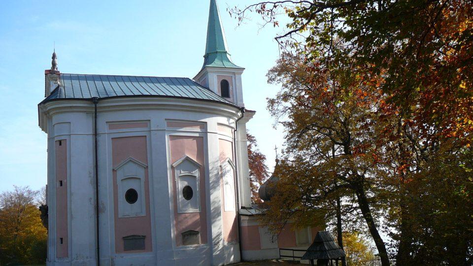 Kostelík v areálu Skalka byl vybudovaný v roce 1691
