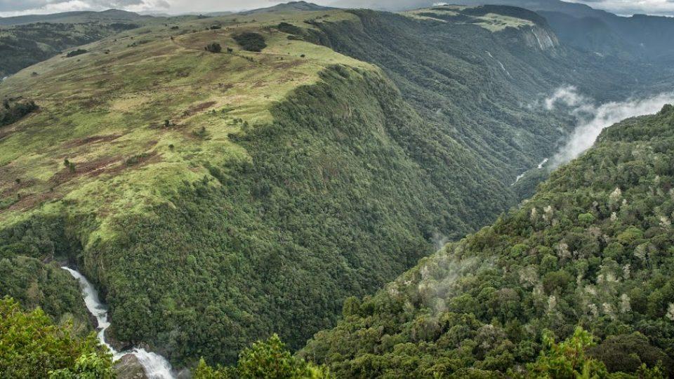 Zimbabwe a pohled na horskou část Afriky