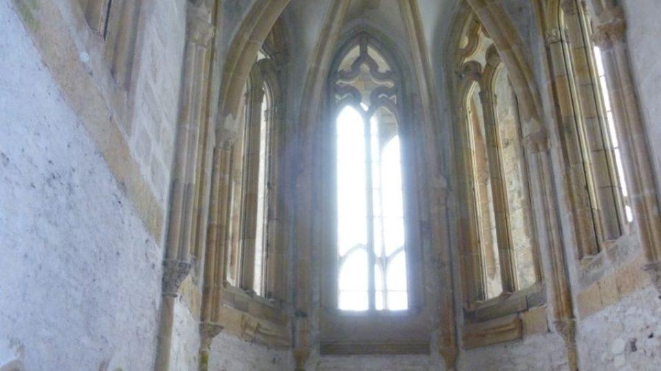 Hradní kaple je jedním z nejzajímavějších míst na Bezdězu