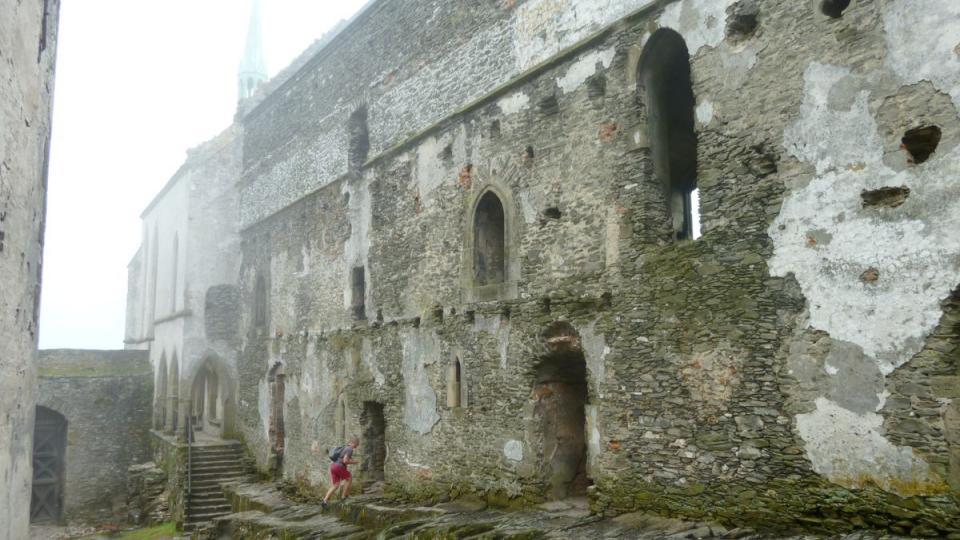 Bezděz byl postaven v krátké době celý - bez postupných přístaveb