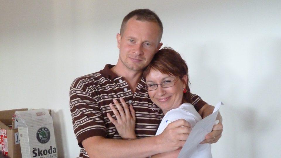 Jan Martínek a Martina Longinová při natáčení minutové hry Pošta pro tebe