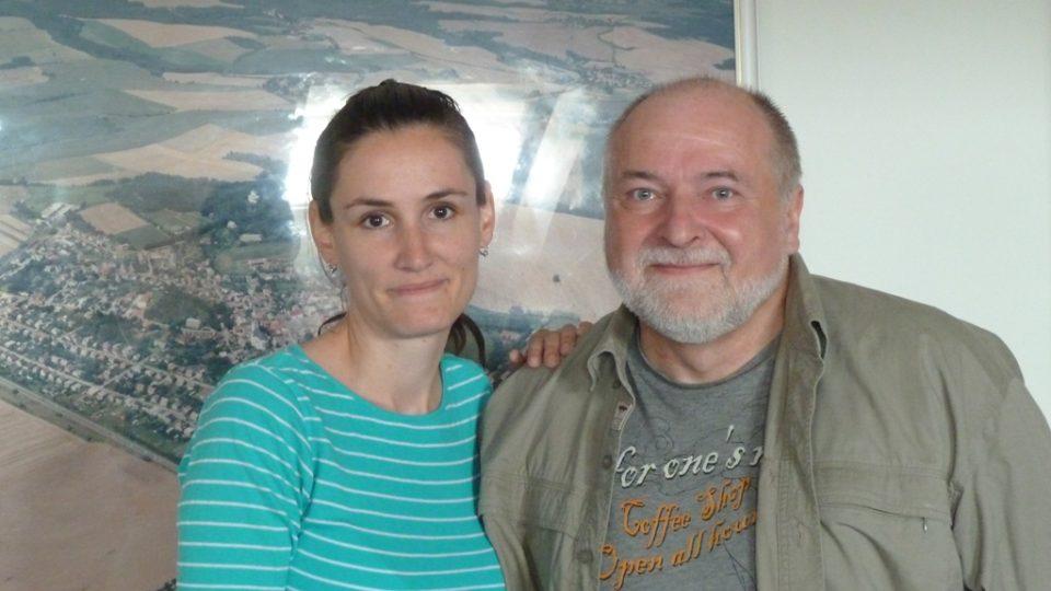 Loga Čaplyginová a Libor Vacek pro natáčení minutové hry Letní podvečer
