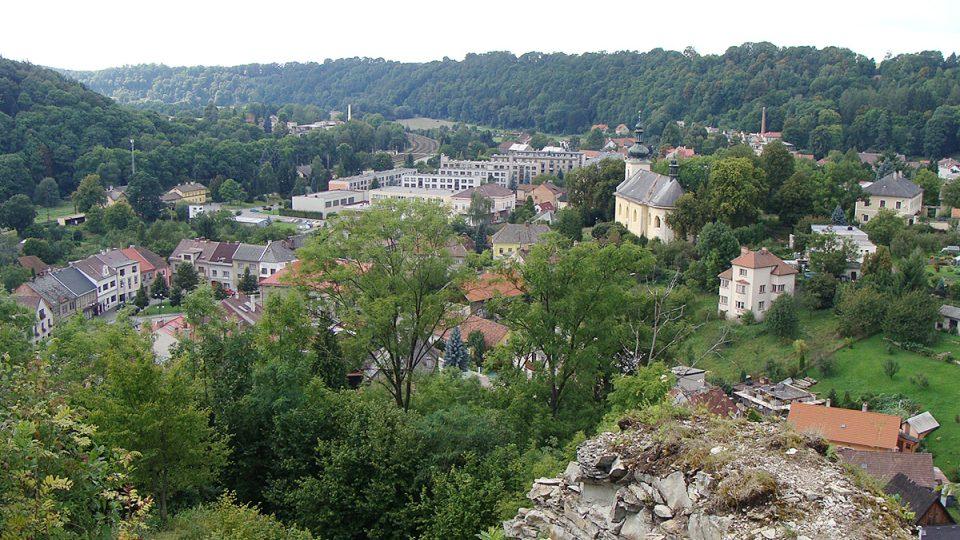 Výhled z hradu nad městem