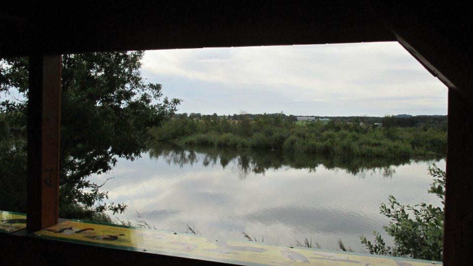 Výhled na ptačí ostrov z pozorovatelny